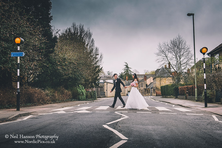 Bride and Groom walking to Oxford Registry Office